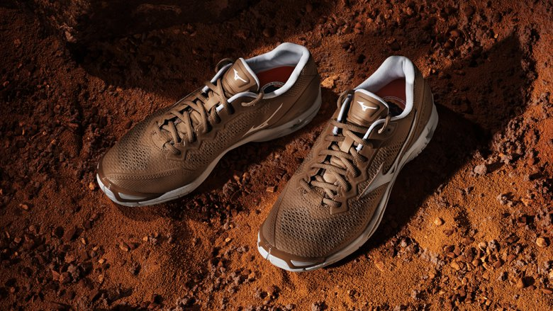 Wave-Stealth-V-Step-on-Mars