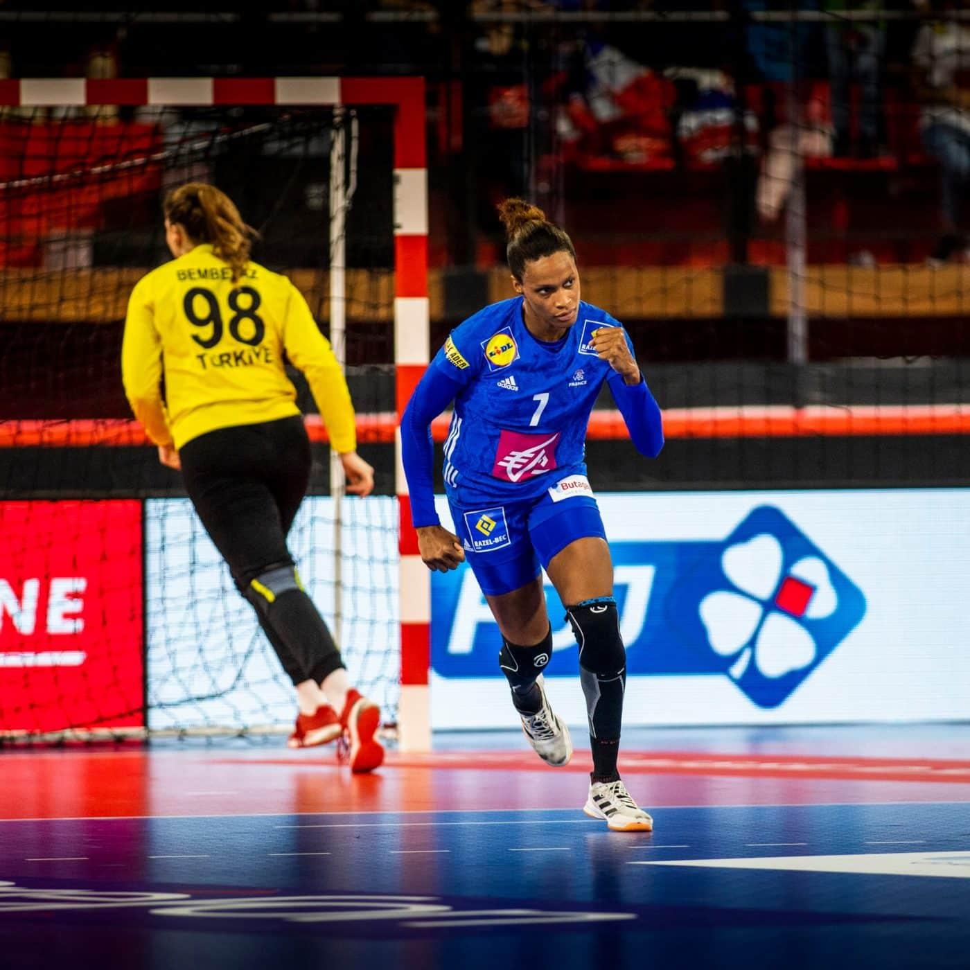 octobre-rose-équipe-de-france-handball-2019-caisse-d-epargne-4