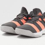 Vers une nouvelle version de la Stabil d'adidas ?